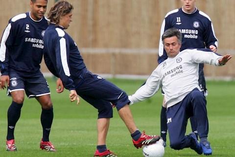 Trò cũ tiết lộ những bài học nhận được từ Jose Mourinho hình ảnh