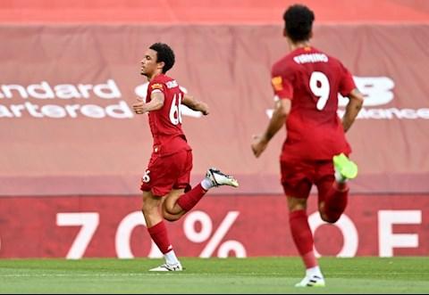 Liverpool 4-0 Palace Salah trở lại, tân vương thắng hủy diệt hình ảnh 2