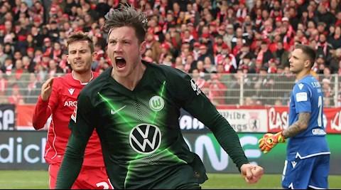 Arsenal đại chiến Newcastle giành tiền đạo Weghorst hình ảnh
