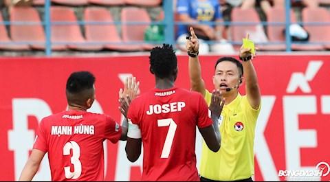 Trong tai Ngo Duy Lan Hai Phong vs TP Ho Chi Minh