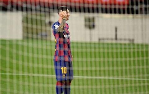 Panenka vào lưới Atletico, Lionel Messi đạt mốc nhiều người thèm hình ảnh