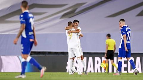 Benzema vs Asensio phoi hop tao ra ban thu 2