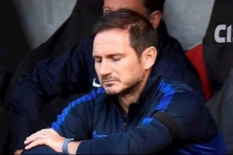 HLV Frank Lampard rất buồn sau trận thua Sheffield hình ảnh