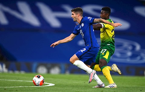Giroud lập công, Chelsea thắng nhọc đội cuối bảng hình ảnh 3
