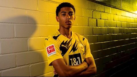 Cuỗm thần đồng 17 tuổi, Dortmund lại quả Sancho cho MU hình ảnh