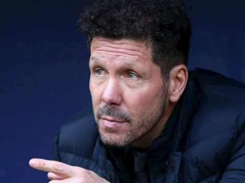 Simeone thua nhan Atletico khong the so sanh voi Real va Barca o mua giai nam nay