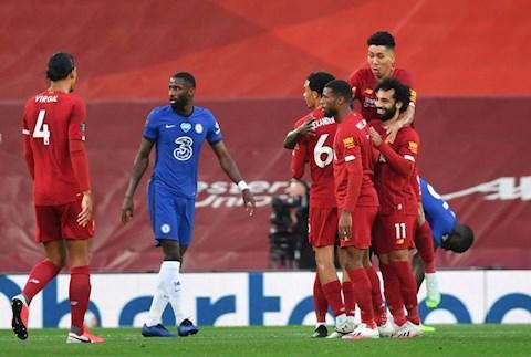 Đả bại Chelsea dưới cơn mưa bàn thắng tại Anfield, Liverpool tưng bừng mừng cúp vô địch hình ảnh 3