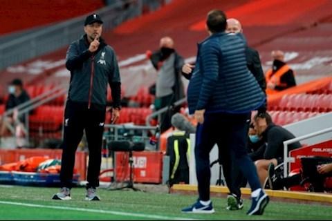 Liverpool vs Chelsea Klopp đại chiến Lampard ngoài đường biên hình ảnh