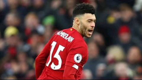 Chamberlain muon xay 1 de che cung Liverpool