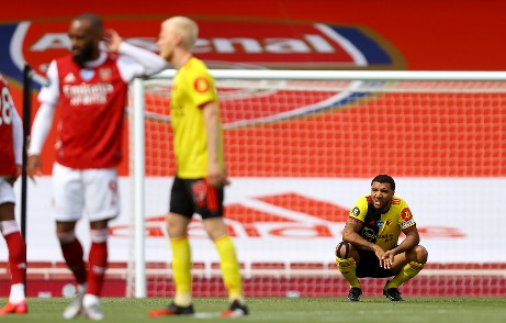 Arsenal vs Watford xuong hang
