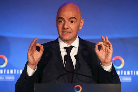 Gianni Infantino giu chuc chu tich FIFA tu nam 2016