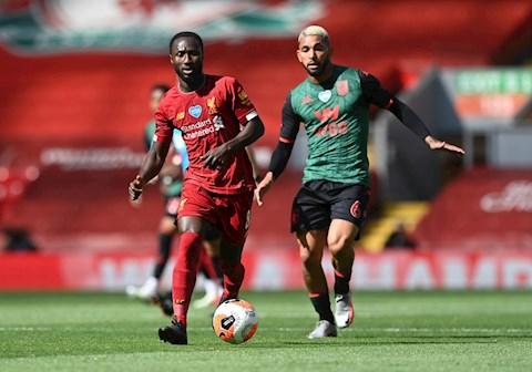 Trực tiếp bóng đá Liverpool 0-0 Aston Villa (H2) Thế trận nhạt hình ảnh 2