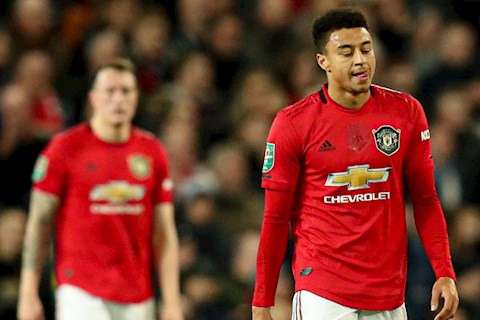 Phil Jones va Jesse Lingard nam trong tam ngam cua West Ham