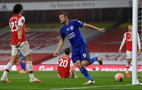 Arsenal 1-1 Leicester Vardy ghi ban