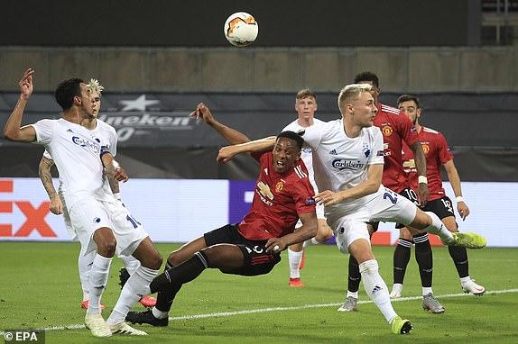 MU lết vào bán kết Europa League sau trận tử chiến kéo dài 120 phút hình ảnh 4