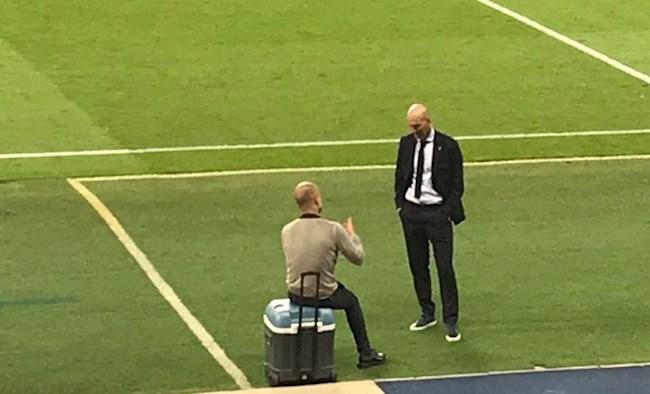 Pep Guardiola tiết lộ nội dung cuộc nói chuyện với Zidane hình ảnh