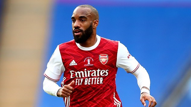 Arsenal được khuyên nên bán tiền đạo Alexandre Lacazette hình ảnh