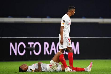Sevilla nhận án phạt từ UEFA trước thềm trận bán kết gặp MU hình ảnh