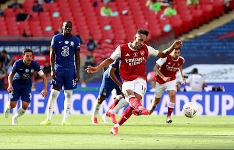 Chelsea vs Arsenal Aubameyang lap cu dup