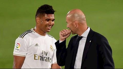 Casemiro Tôi vẫn còn sợ khi nói chuyện với Zidane hình ảnh