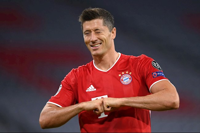 Huyền thoại Bayern Lewandowski giờ xuất sắc hơn cả Messi hình ảnh