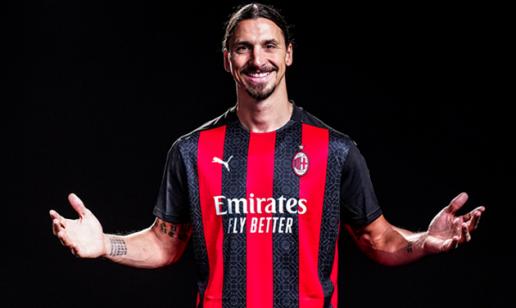 Tiền đạo Zlatan Ibrahimovic gia hạn hợp đồng với AC Milan hình ảnh