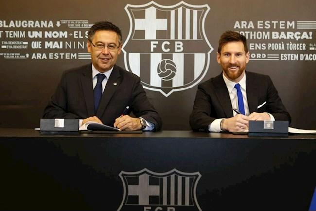Messi cong khai chong doi Chu tich Bartomeu. Anh: Getty.