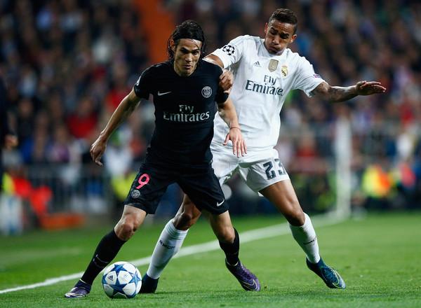 Real Madrid muốn ký hợp đồng với tiền đạo Edinson Cavani  hình ảnh