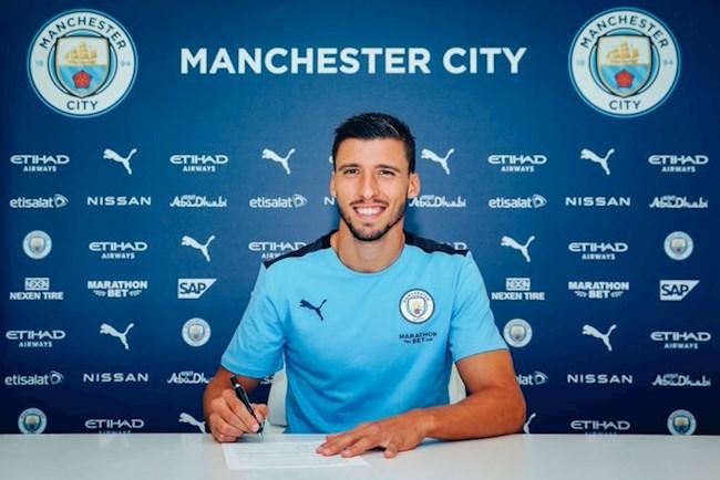 Ruben Dias chính thức gia nhập Man City hình ảnh