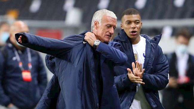 Didier Deschamps phủ nhận việc không tôn trọng PSG hình ảnh
