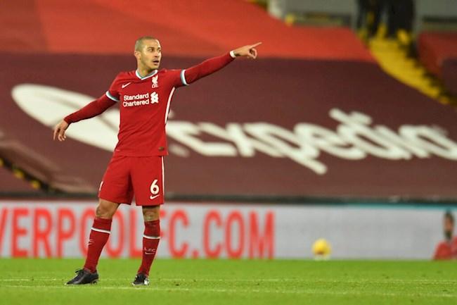 Jurgen Klopp sẽ giải phóng Thiago để giúp hàng công Liverpool giải hạn