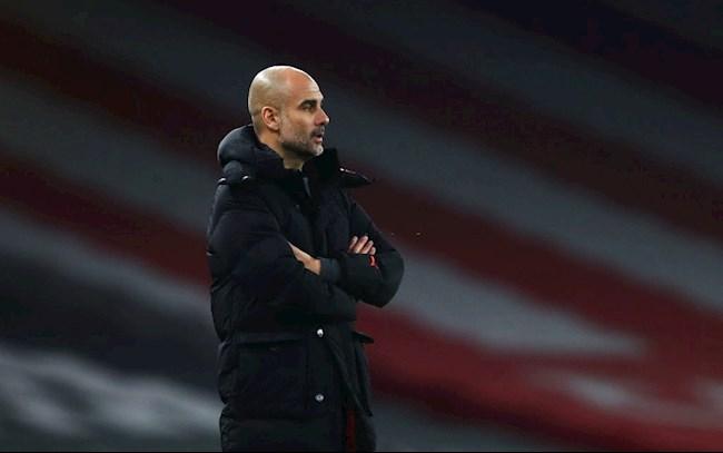 Sự thực dụng của Pep Guardiola đã giúp Manchester City phòng ngự cân bằng hơn