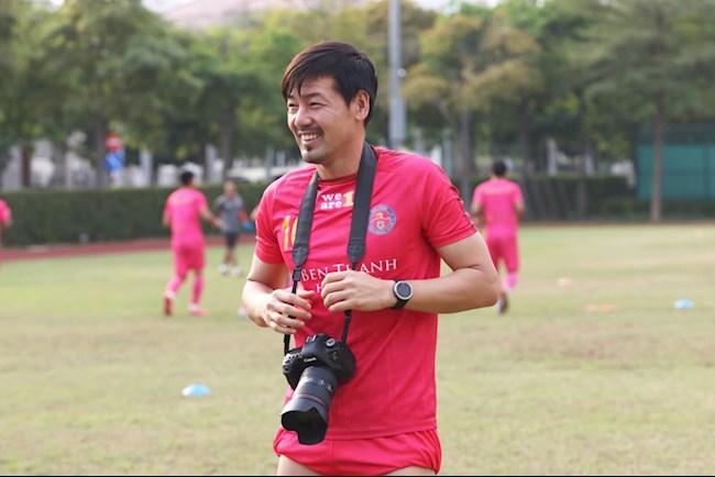 Daisuke Matsui  chê mặt sân V-League xấu phát hờn hình ảnh