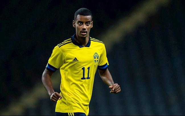 """Alexander Isak: """"Kỳ lân"""" của bóng đá Thụy Điển"""