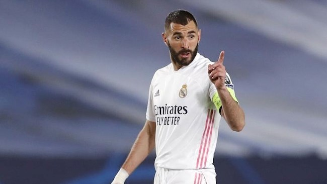 Real Madrid renews with Benzema, sets a clause of 1 billion euros