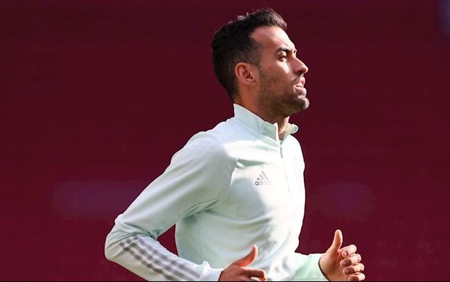 """Sergio Busquets vẫn là """"Ngài Đáng tin cậy"""" của Tây Ban Nha"""