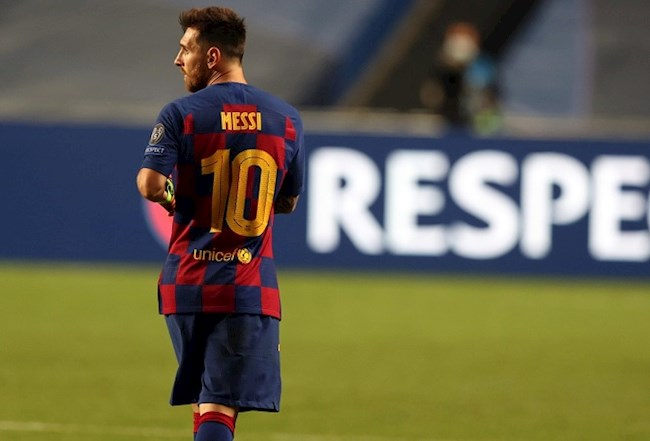 No one wears the number 10 shirt at Barca in the 2021/22 season