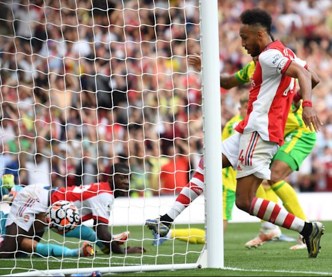 Aubameyang mở tỷ số cho Arsenal