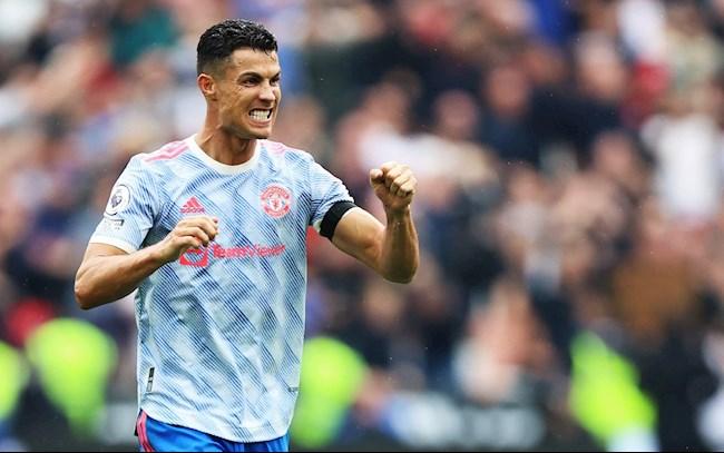 Cristiano Ronaldo: Kẻ không cam tâm làm lá xanh trong thiên hạ lazyload