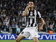 Juventus troi chan thanh cong trung ve xuat sac nguoi Y
