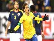 Neymar dien xiec 'treu nguoi' doi thu