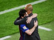 Tran dau cuoi cua Pep tai Camp Nou: Barca tren con duong di san