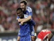 Vi tri chay canh cua Chelsea: Tim hoai, khong ai bang Robben - Duff...