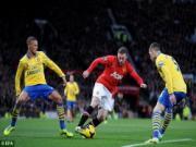 Cham diem M.U 1-0 Arsenal: Phao thu lai chet vi Rooney