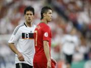 Cristiano Ronaldo va noi am anh mang ten Duc