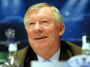 Sir Alex tho phao voi an phat gio cao danh khe cua UEFA