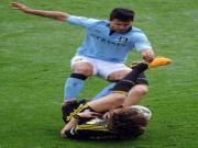 Aguero khong bi phat sau khi choi xau voi David Luiz