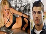 Siêu mẫu phớt lờ lời ve vãn của C. Ronaldo