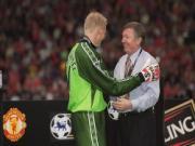 Tự truyện Một nửa sự thật của Roy Keane (Chương 2): Peter Schmeichel - nỗi nhục của Old Trafford