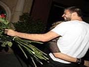 Pique và Shakira ăn mừng thắng kiện bồ cũ